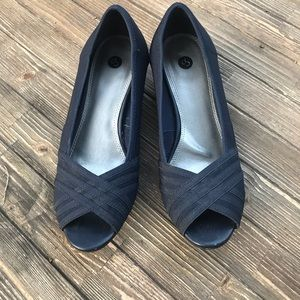 🌵CP Navy Open Toe Wedge Shoes Size 7.5 M